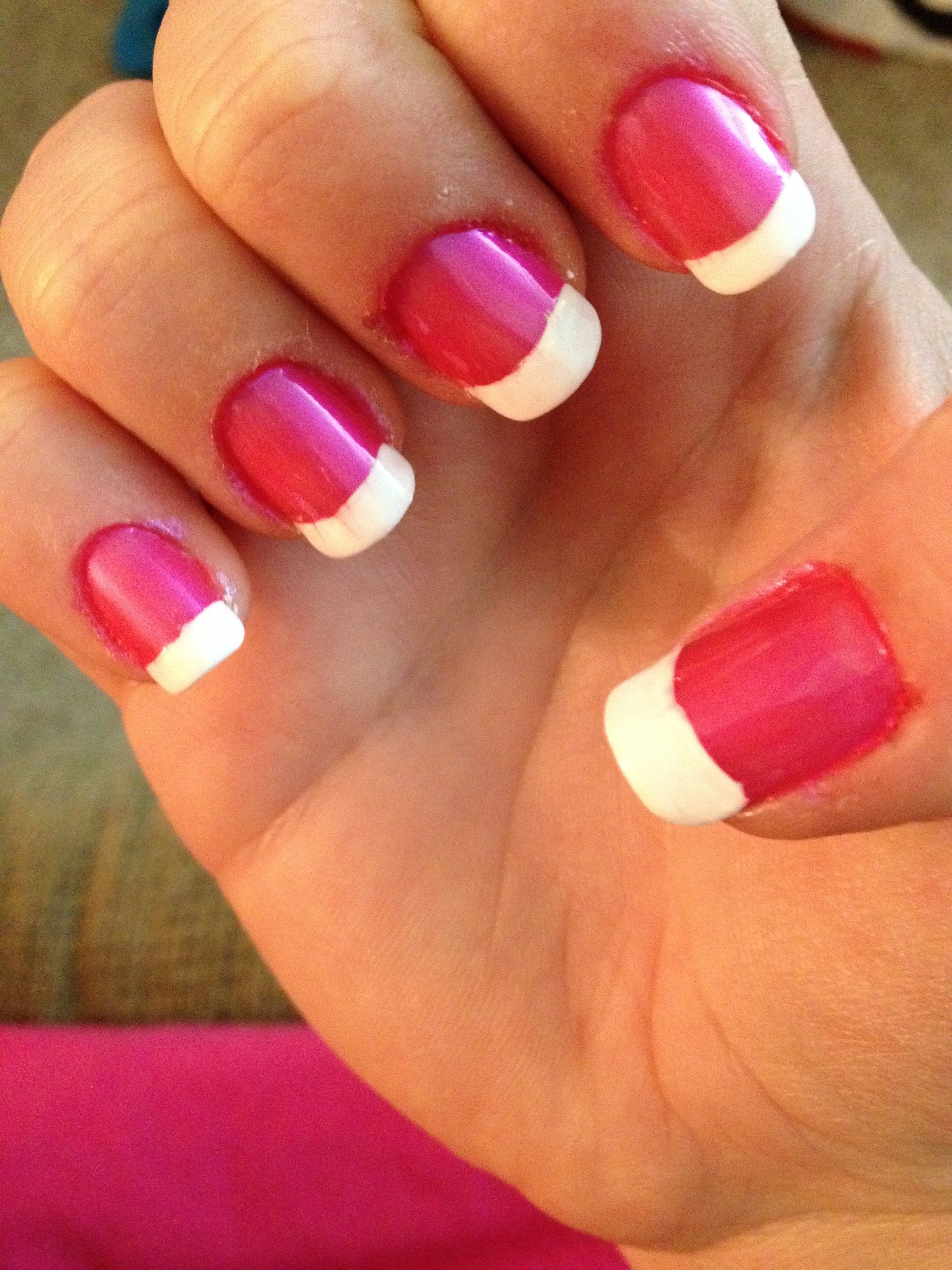 pink and white manicure | ma- makeup lovers anonymous